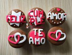 Imagen+de+corazones+feliz+cumpleaños+Para+Whatsapp Cupcakes Amor, Fondant Cupcakes, Cupcake Cookies, Valentine Cake, Valentines Day Treats, Cookies Decorados, Cap Cake, Hubby Birthday, Happy B Day