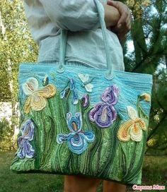 """Я рисую крючком... Летняя сумка """"Цветущие ирисы"""""""
