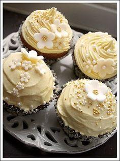 Call me cupcake: Cupcakes