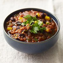 Bulgur and Bean Chili  Weight Watchers Recipe  Course: soups  PointsPlus® Value:    5  Servings:  6  Preparation Time:  15 min  Cooking Time:  25 min  Level of Difficulty:  Easy     Nutrient-rich bulgur replaces the beef in this delicious chili. It has a slightly chewy texture that is similar to ground beef.