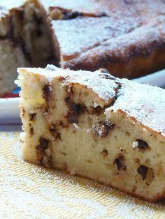Torta soffice di ricotta, ricetta semplice sul mio blog oggi una soffice torta alla ricotta e gocce di cioccolata, per chi e' goloso ma anche per chi ama una merenda semplice e non troppo pesante