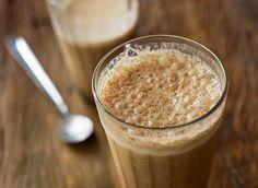 Tá calor, tá calor! O melhor de hoje, é aprender a fazer esta batida de café deliciosa e ter mais um motivo para apreciar a bebida :) Bom dia!