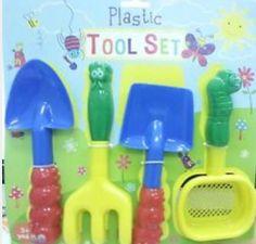Plastic tool set