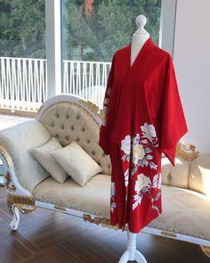 Silk Kimono, Kimono Cardigan, Kimono Jacket, Kimono Top, Vintage Kimono, Japanese Kimono, Kimono Fashion, Vintage Japanese, Blanket