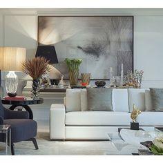 Beautiful room by Christina Hamoui.              http://christinahamoui.com.br