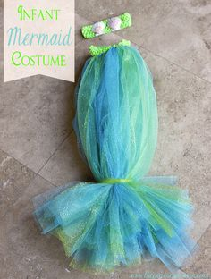 This costume is perfect for baby and can be made in about 30 minutes!  Love!  DIY Infant Mermaid Halloween Costume | The Pinning Mama #halloween #costume #mermaid #baby #infant