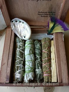 Le Petite Smudge Kit, Incense Kit, Smoke Clearing, Meditation, Traveling Witches, Pagan, Wicca Altar Kit, Ritual Kit, Witches Box, Witch by TheMagickCabinet on Etsy