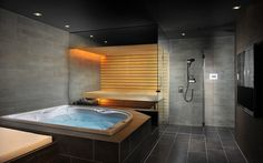 Prestige Saunas offer unique design features for your sauna or steam room. Get inspiration for your project in our gallery. Home Spa Room, Spa Rooms, Sauna Steam Room, Sauna Room, Saunas, Jacuzzi Room, Hot Tub Room, Sauna House, Small Bathroom Colors