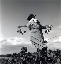 Robert Doisneau // Scarecrows -   Seine et Marne Septembre 1964