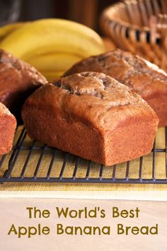 Apple Banana Bread (National Banana Bread Day is Feb Making this today for the St. Joseph's A It looks and smells delicious! I added cinnamon and nutmeg to the recipe though cause I cant imagine apples without food Just Desserts, Delicious Desserts, Dessert Recipes, Yummy Food, Apple Banana Bread, Apple Loaf, Banana Bread Recipes, Cupcakes, Pie Recipes