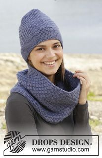 """Velvet Morning - Knitted DROPS neck warmer and hat with star pattern in """"Nepal"""". - Free pattern by DROPS Design"""