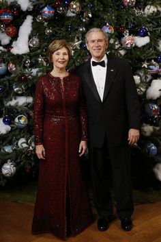 President George W. Bush and Mrs. Laura Bush pose for their 2008 holiday portrait Sunday, Dec. 7, 2008, in the Blue Room of the White House.