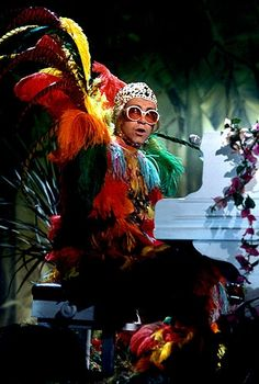 Elton John on the Muppet Show June 15, 1977   Fantastic