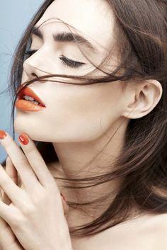 bold brows, mascara, orange lipstick & red-orange nail polish #beauty #hair #makeup