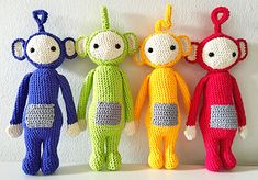 The tuned in Teletubbies. Amigurumi Patterns, Amigurumi Doll, Crochet Patterns, Crochet Disney, Crochet Dolls, Crochet Yarn, 3d Rose, Crochet Cross, Lalaloopsy