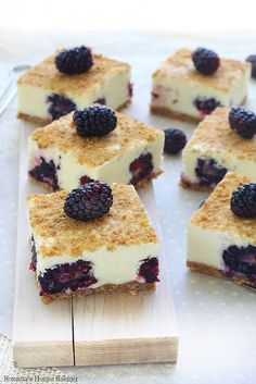 No bake blackberry bars recipe  Looks like a cool and refreshing dessert!