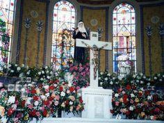 Missa das Rosas no Santuário de Santa Rita de Cássia, Cássia-MG
