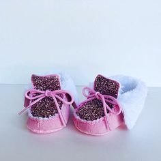 Sparkly pink moccasins for little girls  https://www.etsy.com/listing/264268605/baby-glitter-shoes-pink-kids-boots