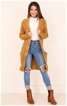 winter outfits cardigans Lovely Women Winter Casual Outfits With Cardigan Fashionova. Mustard Cardigan Outfit, Yellow Cardigan Outfits, Winter Cardigan Outfit, Casual Skirt Outfits, Fall Fashion Outfits, Casual Winter Outfits, Casual Fall Outfits, Autumn Fashion, Womens Fashion