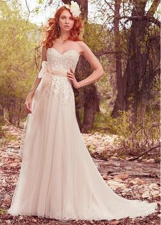 Modest Tulle & Satin Sweetheart Neckline A-Line Wedding Dresses With Beaded Lace Appliques