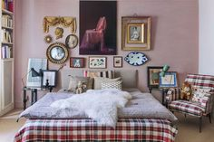 vintage style bedroom with antique decor