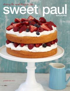 Berries & Cream Pound Cake [Recipe from Sweet Paul Magazine] Food Cakes, Cupcake Cakes, Alain Llorca, Just Desserts, Dessert Recipes, Dessert Healthy, Summer Desserts, Summer Recipes, Sweet Paul