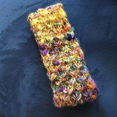 Stirnband aus Wolle gestrickt