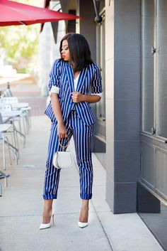 Different Ways To Style Suits - Jadore-Fashion Blazer Outfits Casual, Casual Work Dresses, Classy Outfits, Dresses For Work, Business Outfits, Office Outfits, Office Attire, Office Wear, Work Fashion