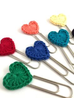 Items similar to Set of 3 Crochet Heart Paperclip bookmarks - Planner Paperclips - Journaling Bible Tabs - Planner Accessories- Planner Clips -Rainbow Colors on Etsy Crochet Poppy Pattern, Crochet Bookmark Pattern, Crochet Bookmarks, Crochet Stitches Patterns, Crochet Motif, Knit Crochet, Crochet Humor, Crochet Food, Love Crochet