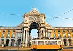 "Arco da Rua Augusta on Praça do Comércio - ""the Square of Commerce"" - in the capital of Portugal, Lisboa (Lisbon) Lisbon Guide, Lisbon Tram, Saint Georges, Bilbao, Pretty Beach, Belem, Blog Voyage, Walking Tour, Amazing Destinations"