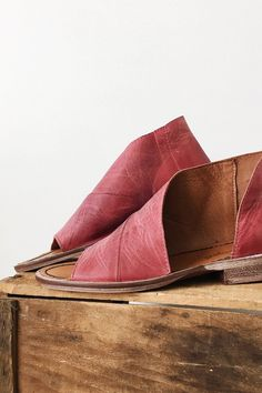Free People Mont Blanc Sandal in Cherry   ROOLEE Pretty Shoes, Cute Shoes,  Me bcdf756321cc