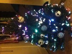 Nightmare before Christmas decor on the tree c: