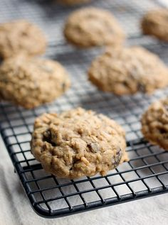 Perfect Oatmeal Raisin Cookies with Only 6 Ingredients- Baker Bettie