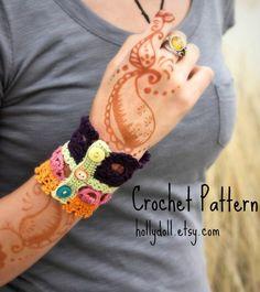 Crochet pattern plethora antique lace cuff bracelet di Wildcroft