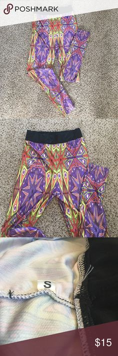 Printed Leggings These are brand new never worn leggings. NOT LULULEMON. I bought off a workout site and I wasn't a big fan that they were high-wasted. So I never wore them. There are no tags but are a size Small. Paid quite a bit for them. They are a shiny material and very stretchy. Make an offer ✌🏼️ lululemon athletica Pants Leggings