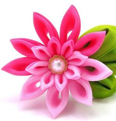 folding kanzashi tutorial - crafts ideas - crafts for kids