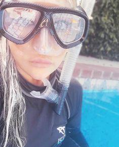 Snorkel Mask, Scuba Girl, Snorkelling, Wet Hair, Water Sports, Scuba Diving, Wetsuit, Surfing, Masks
