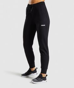 Workout Essentials For Women Workout Wear, Workout Tops, Workout Pants, Gym Pants, Fitness Wear Women, Womens Workout Outfits, Models, Fit Women, Athletic Wear