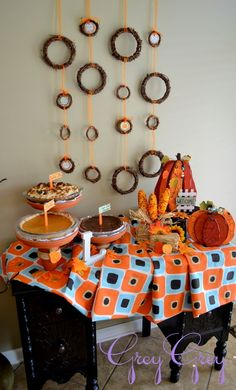 Fall pie table