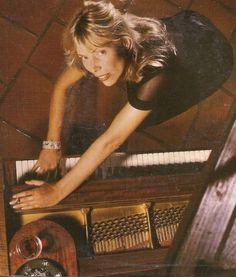 Joni photographed in 1982