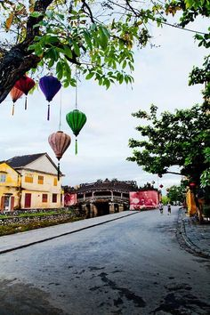 A Corner of Hoi An   Please like, share, repin or follow us on Pinterest to have more interesting things. Thanks. http://hoianfoodtour.com/ #hoian #streets #beautiful