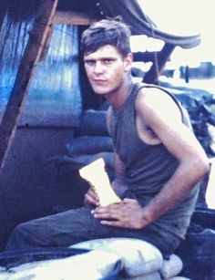 Virtual Vietnam Veterans Wall of Faces   LAWRENCE G BANGS   ARMY