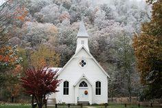 Si un jour je me marie, ce sera dans une petite église comme ça...