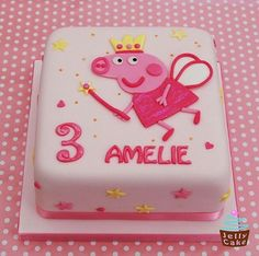 Peppa Pig Cake Ideas 2012 Pics) - Funny Images and Memes To Fill You Up With Geeky Awesomeness - GeekFill Tortas Peppa Pig, Bolo Da Peppa Pig, Peppa Pig Birthday Cake, Birthday Parties, 2nd Birthday, Birthday Ideas, Create A Cake, Pig Party, Cupcake Cakes