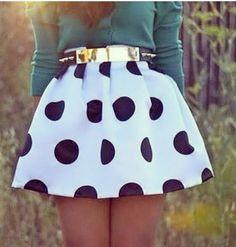 Polkadot skirt. Cute belt