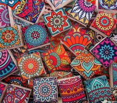 Ceramic Mosaic Tiles - Moroccan Boho Tile Medallions Mosaic Tile 60 Pieces Bright Colors - For Mosaic Art / Mixed Media Art/Jewelry