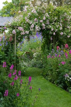 90 Stunning Small Cottage Garden Ideas for Backyard Landscaping- 90 Stunning Small Cottage Garden Ideas for Backyard Landscaping 25 Stunning Small Cottage Garden Ideas for Backyard… -