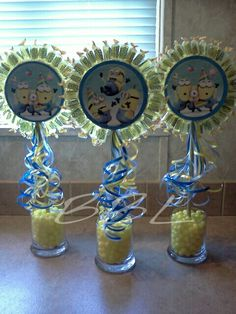 Despicable me centerpiece 2 Birthday, Minion Birthday, 3rd Birthday Parties, Birthday Ideas, Minion Party Theme, Despicable Me Party, Minion Centerpieces, Candy Centerpieces, Minion Baby Shower