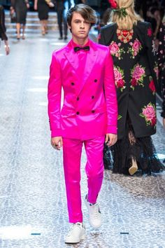 579b84e11d00e Коллекция Dolce  amp  Gabbana осень-зима 2017 18 Prince Charming