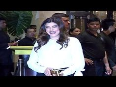 Sushmita Sen at Preity Zinta Gene Goodenough's wedding reception. Sushmita Sen, Preity Zinta, Not Good Enough, Wedding Reception, Music, Youtube, Wedding Reception Venues, Wedding Reception Ideas, Muziek